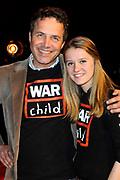 Guus Meeuwis lanceert nieuwe War Child schoolmusical in Carre Amsterdam.<br /> <br /> Op de foto:  Directeur van War Child Bernard Uyttendaele en winnaar The Voice kids en Jeugd ambassadeur War Child Laura van Kaam