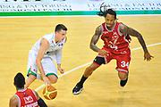 DESCRIZIONE : Campionato 2013/14 Finale GARA 4 Montepaschi Mens Sana Siena - Olimpia EA7 Emporio Armani Milano<br /> GIOCATORE : Matt Janning<br /> CATEGORIA : Palleggio Penetrazione<br /> SQUADRA : Montepaschi Siena<br /> EVENTO : LegaBasket Serie A Beko Playoff 2013/2014<br /> GARA : Montepaschi Mens Sana Siena - Olimpia EA7 Emporio Armani Milano<br /> DATA : 21/06/2014<br /> SPORT : Pallacanestro <br /> AUTORE : Agenzia Ciamillo-Castoria / Luigi Canu<br /> Galleria : LegaBasket Serie A Beko Playoff 2013/2014<br /> Fotonotizia : DESCRIZIONE : Campionato 2013/14 Finale GARA 4 Montepaschi Mens Sana Siena - Olimpia EA7 Emporio Armani Milano<br /> Predefinita :