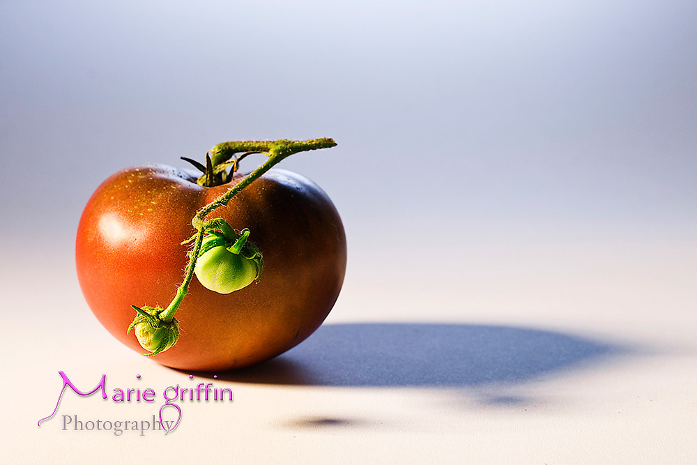 Heirloom tomato fresh produce product.<br /> Marie Griffin Photography