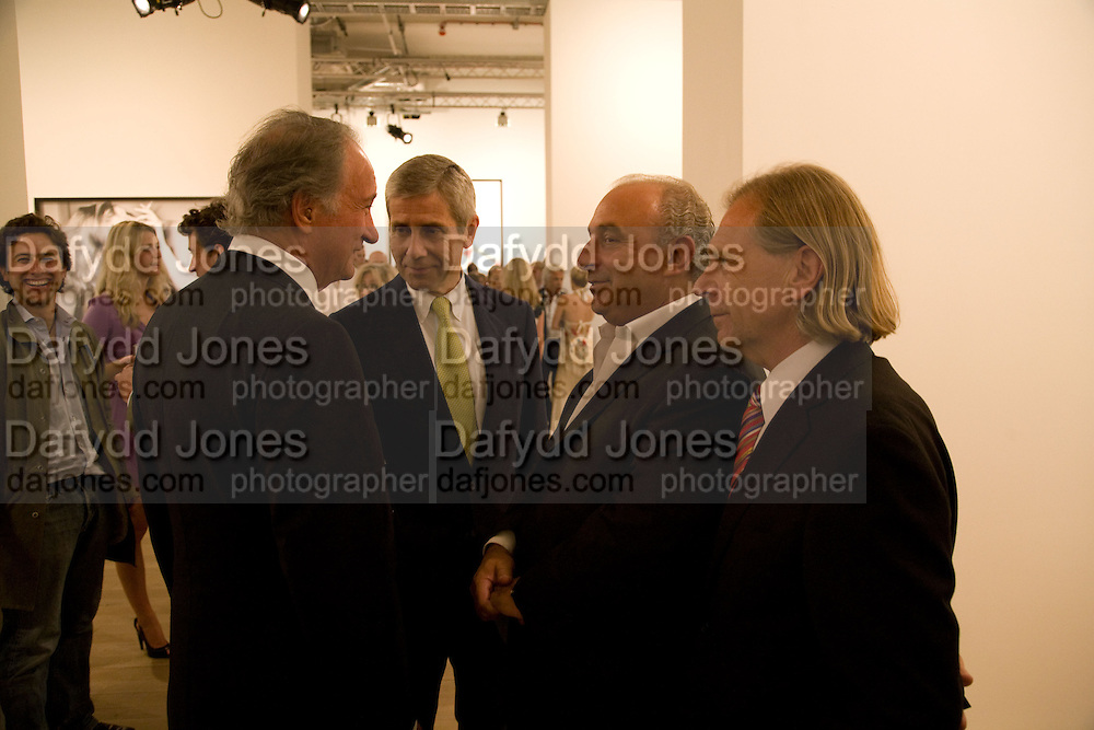 SIR MARK WEINBERG; SIR STUART ROSE; SIR PHILIP GREEN; STEVE SHARP. Mario Testino: Obsessed by You -  private view<br />Phillips de Pury & Company, Howick Place, London, SW1, 2 July 2008 *** Local Caption *** -DO NOT ARCHIVE-© Copyright Photograph by Dafydd Jones. 248 Clapham Rd. London SW9 0PZ. Tel 0207 820 0771. www.dafjones.com.