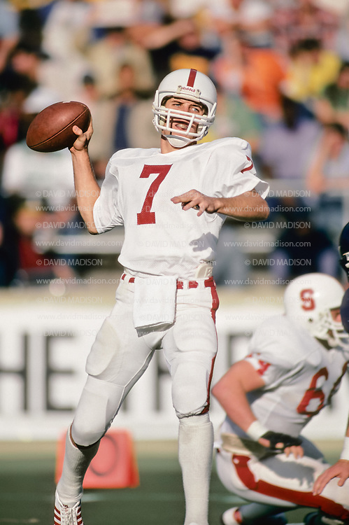 BERKELEY, CA - NOVEMBER 20:  Quarterback John Elway #7 of Stanford University throws a pass during the 85th Big Game against Cal played on November 20, 1982 at Memorial Stadium in Berkeley, California.  (Photo by David Madison/Getty Images) ) *** Local Caption *** John Elway