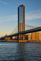 One Manhattan Square & Manhattan Bridge