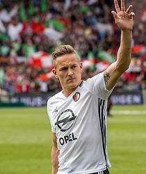14-05-2017 NED: Kampioenswedstrijd Feyenoord - Heracles Almelo, Rotterdam<br /> In een uitverkochte Kuip pakt Feyenoord met een 3-1 overwinning het landskampioenschap / Jens Toornstra #28