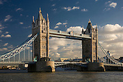 andy spain architectural photography tower bridge london thames water sun