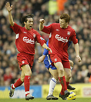 Fotball<br /> Premier League England 2004/2005<br /> Foto: SBI/Digitalsport<br /> NORWAY ONLY<br /> <br /> Liverpool v Chelsea<br /> FA Barclays Premiership, Anfield, 01/01/05<br /> <br /> Liverpool's Luis Garcia and John Arne Riise claim for another handball decision