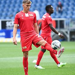 Beim Warmmachen: Grisha Proemel (Union Berlin).<br /> <br /> Sport: Fussball: 1. Bundesliga: Saison 19/20: 33. Spieltag: TSG 1899 Hoffenheim - 1. FC Union Berlin, 20.06.2020<br /> <br /> Foto: Markus Gilliar/GES/POOL/PIX-Sportfotos<br /> <br /> Foto © PIX-Sportfotos *** Foto ist honorarpflichtig! *** Auf Anfrage in hoeherer Qualitaet/Aufloesung. Belegexemplar erbeten. Veroeffentlichung ausschliesslich fuer journalistisch-publizistische Zwecke. For editorial use only. DFL regulations prohibit any use of photographs as image sequences and/or quasi-video.