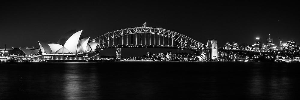 The skyline of Sydney Harbour