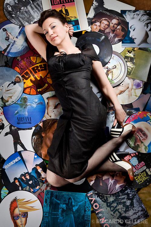 Portrait photography. Renee Gold, Editor, Naked Eye Magazine. 2008.