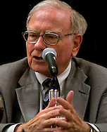 Omaha, Neb 5/7/06 Warren Buffett answers questions at the Berkshire Hathaway annual meeting press conference at the Marriott Hotel Sunday afternoon.(Chris Machian/Prairie Pixel Group)