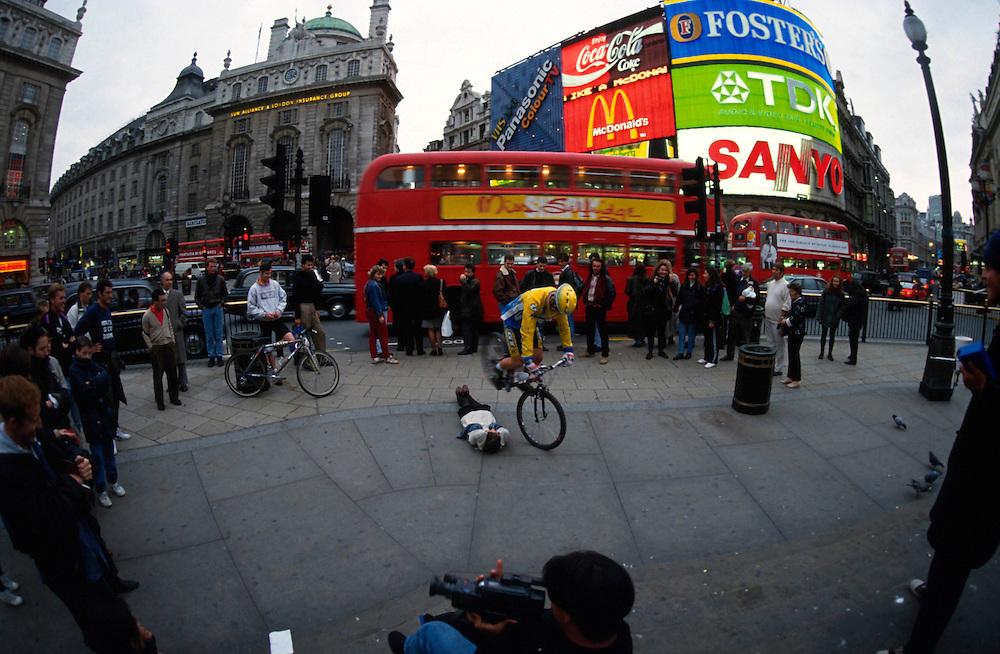 Hans Rey takes London, 1992
