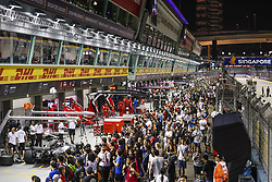 September 13, 2018 - Singapore, Singapore - Motorsports: FIA Formula One World Championship 2018, Grand Prix of Singapore, Fans in the pitlane  (Credit Image: © Hoch Zwei via ZUMA Wire)