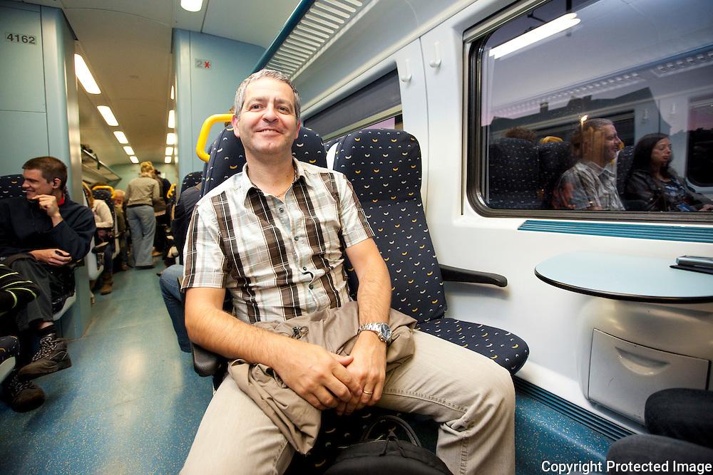 365432-treinreportage-met de trein naar brussel-Luc Cools