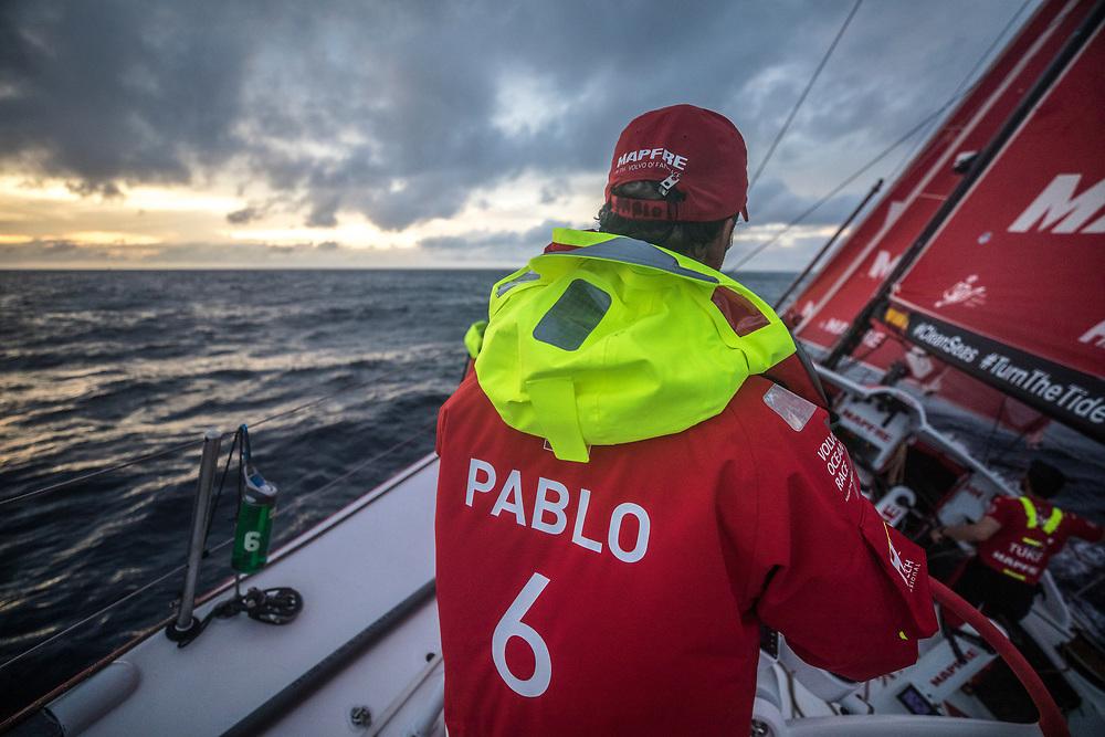 Leg 02, Lisbon to Cape Town, day 08, on board MAPFRE, Pablo Arrarte a la caña durante el amanecer. Photo by Ugo Fonolla/Volvo Ocean Race. 12 November, 2017