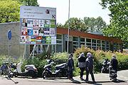 Nederland, Nijmegen, 19-5-2014 Verkiezingsbord in de wijk Dukenburg vanwege de komende verkiezingen voor het europees parlement. Hier wonen veel allochtonen, mensen van buitenlandse afkomst.Foto: Flip Franssen/Hollandse Hoogte