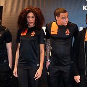 NLD/Amsterdam/20120223 - Presentatie nieuwe uit teneu Nederlands Elftal 2012 / 2013, Nalden, Nathalie La Rose, Gregory van der Wiel en Revenge