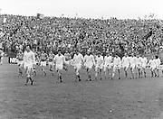 Roscommon and Armagh players walk around the pitch before the beginning of the All Ireland Senior Gaelic Football Semi Final Replay Roscommon v Armagh in Croke Park on the 28th August 1977. Armagh 0-15 Roscommon 0-14.