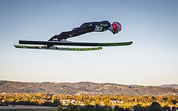 29.09.2018, Energie AG Skisprung Arena, Hinzenbach, AUT, FIS Ski Sprung, Sommer Grand Prix, Hinzenbach, im Bild Markus Eisenbichler (GER) // Markus Eisenbichler of Germany during FIS Ski Jumping Summer Grand Prix at the Energie AG Skisprung Arena, Hinzenbach, Austria on 2018/09/29. EXPA Pictures © 2018, PhotoCredit: EXPA/ JFK