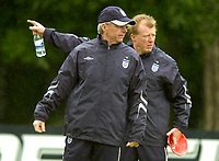 Photo: Richard Lane.<br />England Training Session. 22/05/2006.<br />Current manager Sven Goran Eriksson (L) with newly appointed manager Steve McClaren, who will take charge after the World Cup.