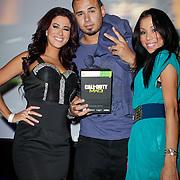 NLD/Amsterdam/20111107- Lancering Call of Duty MW3, Melissa Sneekes, Rosanna Hoo, DJ Afrojack, Nick van der Wall