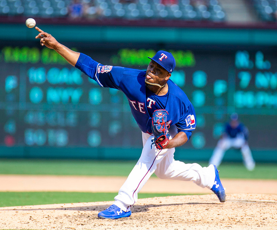 Aug 01 2019, Arlington, TX  U.S.A.  Texas pitcher Edinson Volquez(36) on the mound during the MLB game between the Seattle Mariners and the Texas Rangers 11-3 lost at Globe Life Park in Arlington,TX. Thurman James / CSM