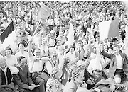 Neg No: 860/a1769-a1778,..4091955AISHCF,..04.09.1955, 09.14.1955, 4th September 1955,...All Ireland Senior Hurling Championship - Final,..Wexford.03-13,.Galway.02-08,.
