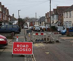 Gas Leak Closes Louis Road