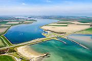 Nederland, Zeeland, Noord-Beveland, 01-04-2016; Kats. Zandkreek en Zandkreekdam met de steigers van het vroegere Katse  Veer in de voorgrond. Gezien vanuit Zuid-Beveland.<br /> <br /> luchtfoto (toeslag op standard tarieven);<br /> aerial photo (additional fee required);<br /> copyright foto/photo Siebe Swart