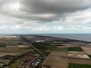 Nederland, Noord-Holland, Gemeente Wieringermeer, 16-04-2012. Wieringermeer met Hooge Kwelvaart. Gezien vanaf Kreileroord, richting Robbenoordbos en Afsluitdijk, rechts IJsselmeer...Wieringmeer polder,  newly created land 1927, part of the Zuiderzee Works..luchtfoto (toeslag), aerial photo (additional fee required);.copyright foto/photo Siebe Swart
