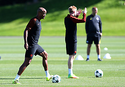 Vincent Kompany of Manchester City warms up with Kevin de Bruyne - Mandatory by-line: Matt McNulty/JMP - 23/08/2016 - FOOTBALL - Manchester City - Training session ahead of Champions League qualifier against Steaua Bucharest