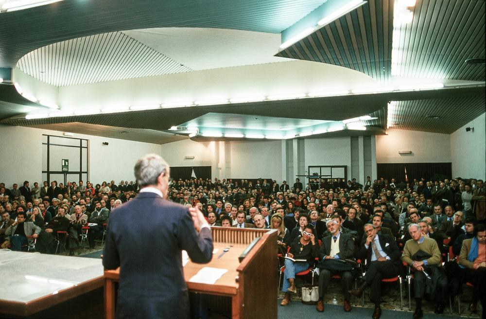 12 MAR 1998 - Padova - Presentazione Movimento del Nord-Est - Mario Carraro, pres. Industriali Veneti.