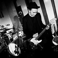 Saffron plays a solo gig at London's 100 Club
