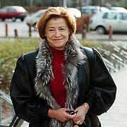Linda de Mol bevallen van zoon Julian, moeder de Mol