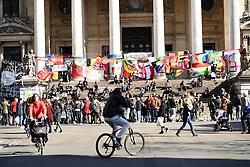 29.03.2016, Place de la Bourse, Bruessel, BEL, Gedenken an die Opfer der Terroranschlaege von Bruessel, im Bild Gedenken an die Opfer der Terroranschlaege in der U-Bahn und den Flughafen. // Commemoration of the victims of the Brussels terrorist attacks Place de la Bourse in Bruessel, Belgium on 2016/03/29. EXPA Pictures © 2016, PhotoCredit: EXPA/ Pressesports/ PORCU FREDERIC<br /> <br /> *****ATTENTION - for AUT, SLO, CRO, SRB, BIH, MAZ, POL only*****