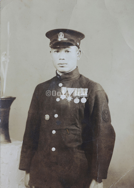 photo of decorated Japanese soldier 1900s