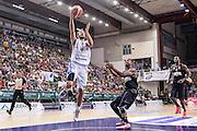 DESCRIZIONE : Trofeo Meridiana Dinamo Banco di Sardegna Sassari - Olimpiacos Piraeus Pireo<br /> GIOCATORE : Matteo Formenti<br /> CATEGORIA : Tiro Penetrazione Sottomano<br /> SQUADRA : Dinamo Banco di Sardegna Sassari<br /> EVENTO : Trofeo Meridiana <br /> GARA : Dinamo Banco di Sardegna Sassari - Olimpiacos Piraeus Pireo Trofeo Meridiana<br /> DATA : 16/09/2015<br /> SPORT : Pallacanestro <br /> AUTORE : Agenzia Ciamillo-Castoria/L.Canu