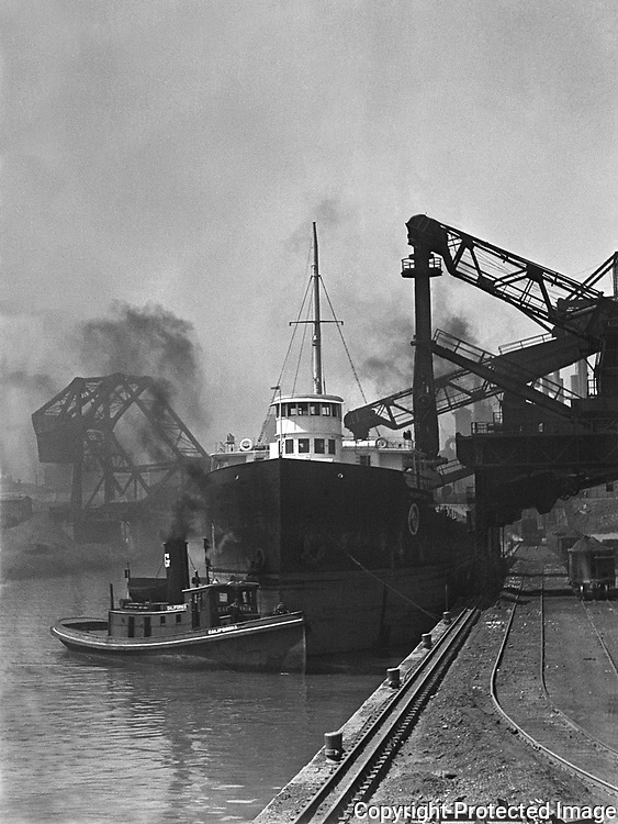 Historical photo of Cleveland Ohio and Cuyahoga River
