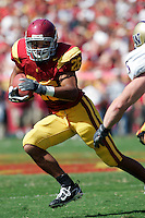 7 October 2006: #26 Emmanuel Moody makes a move with the football during NCAA College Football Pac-10 USC Trojans 26-6 win over the Washington Huskies at the LA Coliseum during a sunny saturday game in Los Angeles, CA.<br />