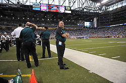 DETROIT - SEPTEMBER 19: of the Philadelphia Eagles during the game against the Detroit Lions on September 19, 2010 at Ford Field in Detroit, Michigan. (Photo by Drew Hallowell/Getty Images)  *** Local Caption *** Dave Young