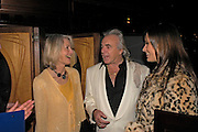 Sandra Howard, Peter Stringfellow and Bella Wright. fund raising dinner hosted  by Marco Pierre White and Franki Dettori at  Frankie's. Knightsbridge. 17 January 2004. ONE TIME USE ONLY - DO NOT ARCHIVE  © Copyright Photograph by Dafydd Jones 66 Stockwell Park Rd. London SW9 0DA Tel 020 7733 0108 www.dafjones.com