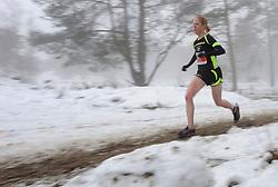 31-12-2010 Atletiek: Silvestercross: Soest<br /> Laatste dag van het jaar de Sylvestercross / Lopen door mist, sneeuw en  hard zand illustratief creative sfeer<br /> ©2011-WWW.FOTOHOOGENDOORN.NL
