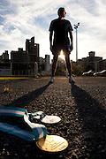 Belo Horizonte_MG, Brasil...Wander do Prado Moura, corredor, treina na pista de corrida de uma faculdade. Na foto ele mostra suas medalhas do PAN de 95...Wander do Prado Moura, runner, he trains on the track running in a college. In the photo, he showing his medals from the PAN 95...Foto: LEO DRUMOND / NITRO