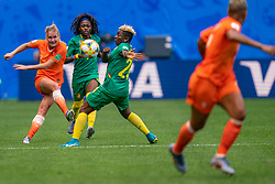 15-06-2019 FRA: Netherlands - Cameroon, Valenciennes<br /> FIFA Women's World Cup France group E match between Netherlands and Cameroon at Stade du Hainaut / Desiree van Lunteren #2 of the Netherlands, Genevieve Ngo Mbeleck #20 of Cameroon