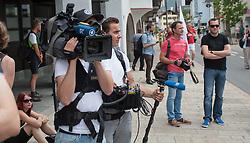 13.06.2015, Telfs, AUT, Demonstration gegen die Bilderbergkonferenz, im Bild ein deutsches Fernsehteam // a german tv station during a demonstration agiainst the bilderberg group in Telfs, Austria on 2015/06/13. EXPA Pictures © 2015, PhotoCredit: EXPA/ Jakob Gruber