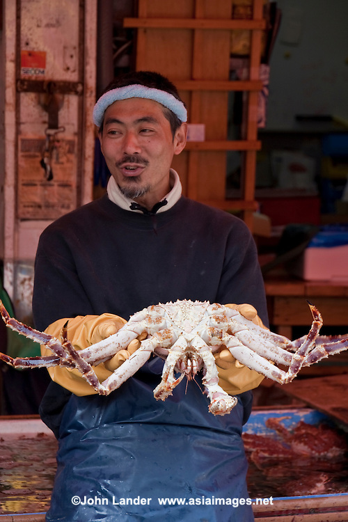 A morning market (Hakodate Asaichi) is held daily from 5am (6am during winter) to noon, just a few steps away from JR Hakodate Station. The market area spans about four city blocks..Products on sale include various types of fresh seafood such as crabs, salmon eggs, and sea urchin. The indoor section of the market has yet more seafood shops as well as fresh produce such as potatoes and other Hokkaido products. .Several fish restaurants can be found in the market area, offering fresh seafood breakfasts if your stomach is up to it. .
