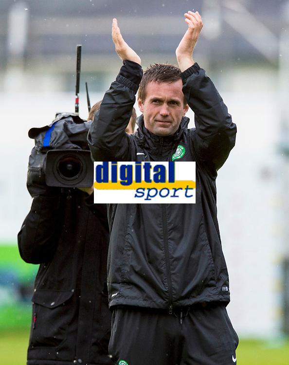 16/07/14 UEFA CHAMPIONS LEAGUE 2ND RND QUALIFIER<br /> KR REYKJAVIK v CELTIC<br /> KR-VOLLUR STADIUM - REYKJAVIK<br /> Celtic manager Ronny Deila applauds the fans at full-time