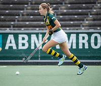 AMSTELVEEN - Imme van Es (HDM) tijdens de competitie hoofdklasse hockeywedstrijd dames, Amsterdam-HDM (1-1).  COPYRIGHT KOEN SUYK