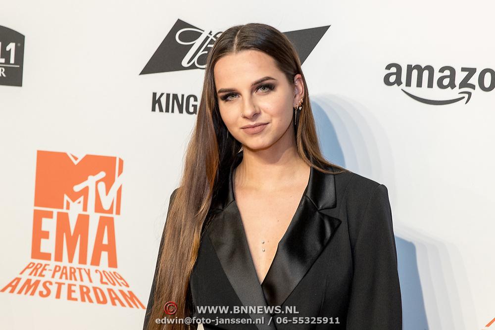 NLD/Amsterdam/20191028 - MTV Pre Party in Amsterdam, Didi van Renswoude