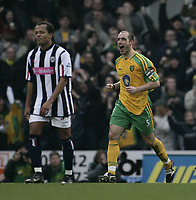 Fotball<br /> England 2004/2005<br /> Foto: SBI/Digitalsport<br /> NORWAY ONLY<br /> <br /> Craig Fleming celebrates after scoring.<br /> <br /> Norwich City v West Bromwich Albion, Barclays Premiership. <br /> 05/02/2005