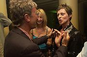 Eddie Jordan, Sonia Irvine and Lisa Stansfield. Jaguar party. Casa Batllo, Barcelona. 27 April 2001. © Copyright Photograph by Dafydd Jones 66 Stockwell Park Rd. London SW9 0DA Tel 020 7733 0108 www.dafjones.com