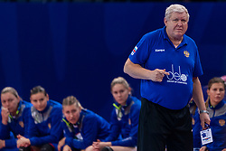 14-12-2018 FRA: Women European Handball Championships Russia - Romania, Paris<br /> First semi final Russia - Romania 28 - 22 / Headcoach Evgenii Trefilov of Russia